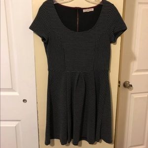 Skater Dress Medium Exposed Zip In Back